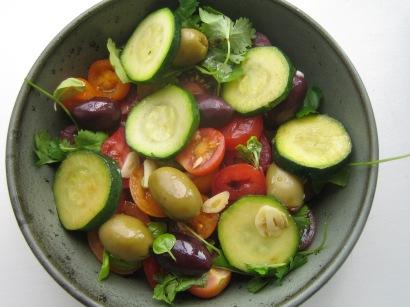 tomatsalat med oliven