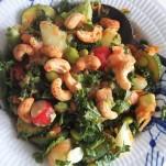 Salat med avocado og laks
